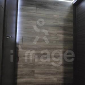 Ламинат-альтернатива стеновым панелям-7