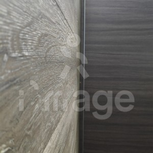 Ламинат-альтернатива стеновым панелям-11